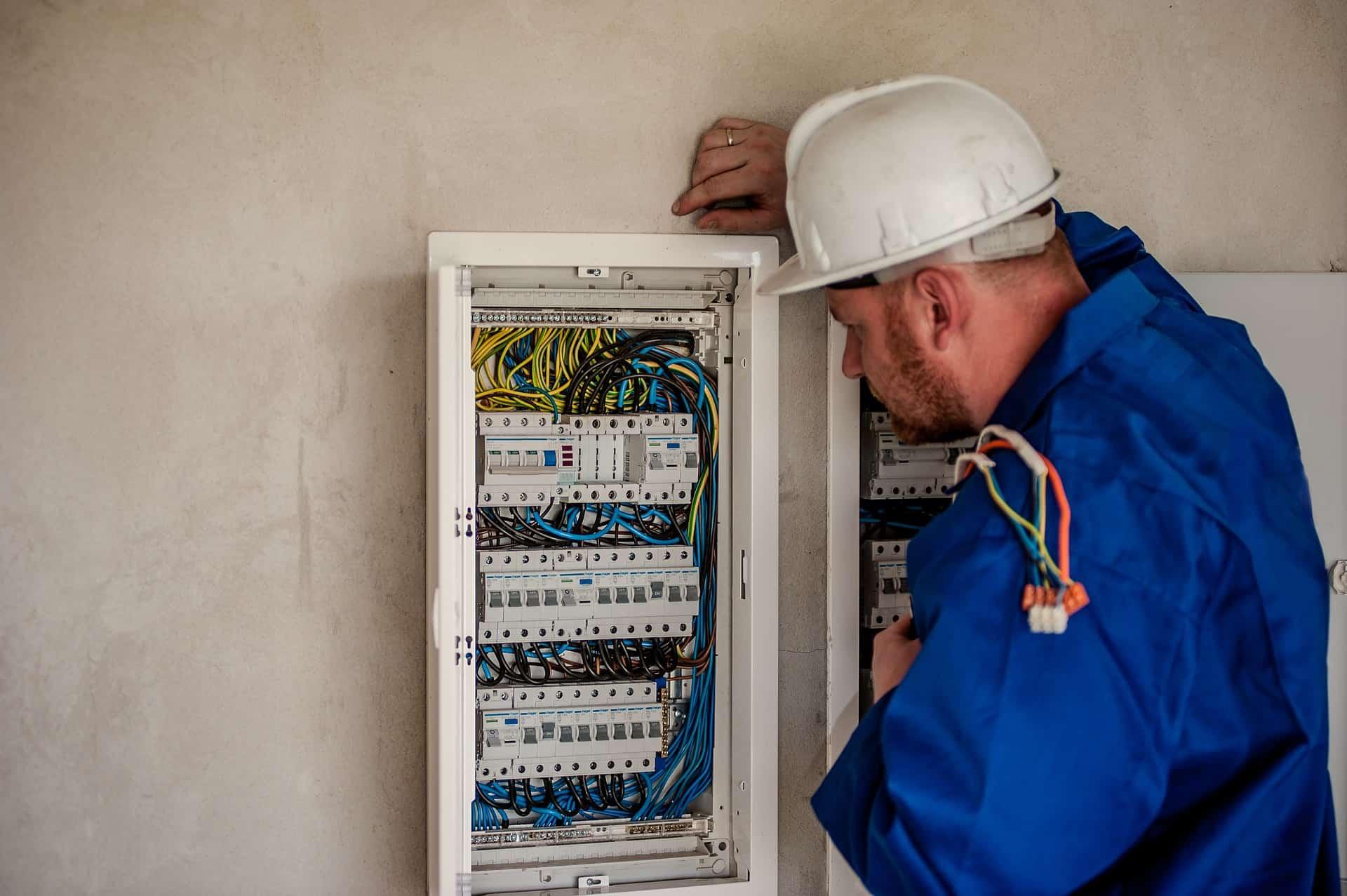 blue jacket electrician