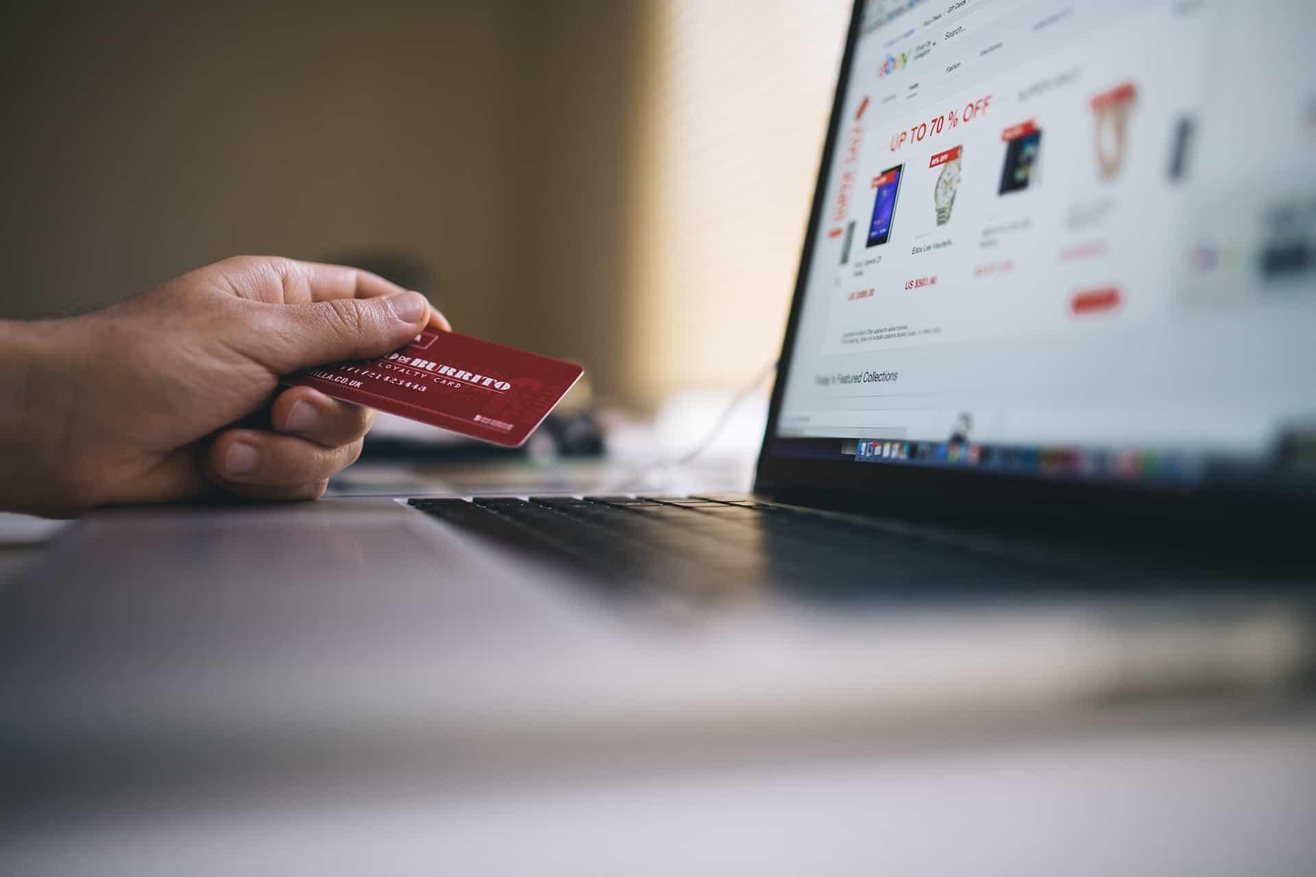 card ecommerce laptop